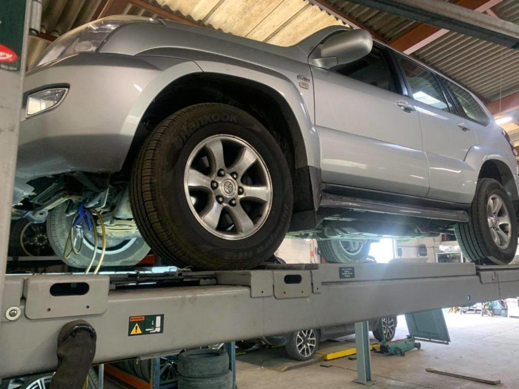 Entretien Boîte automatique Toyota Land Cruiser D4-D boîte A750 , remplacement filtre crépine , remise à zéro des adaptatifs ! Elle en avait besoin